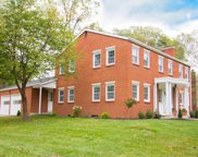 562 Woodlawn Avenue, Westerville image