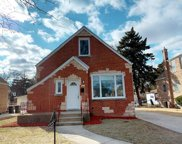 2520 South 14Th Avenue, Broadview image
