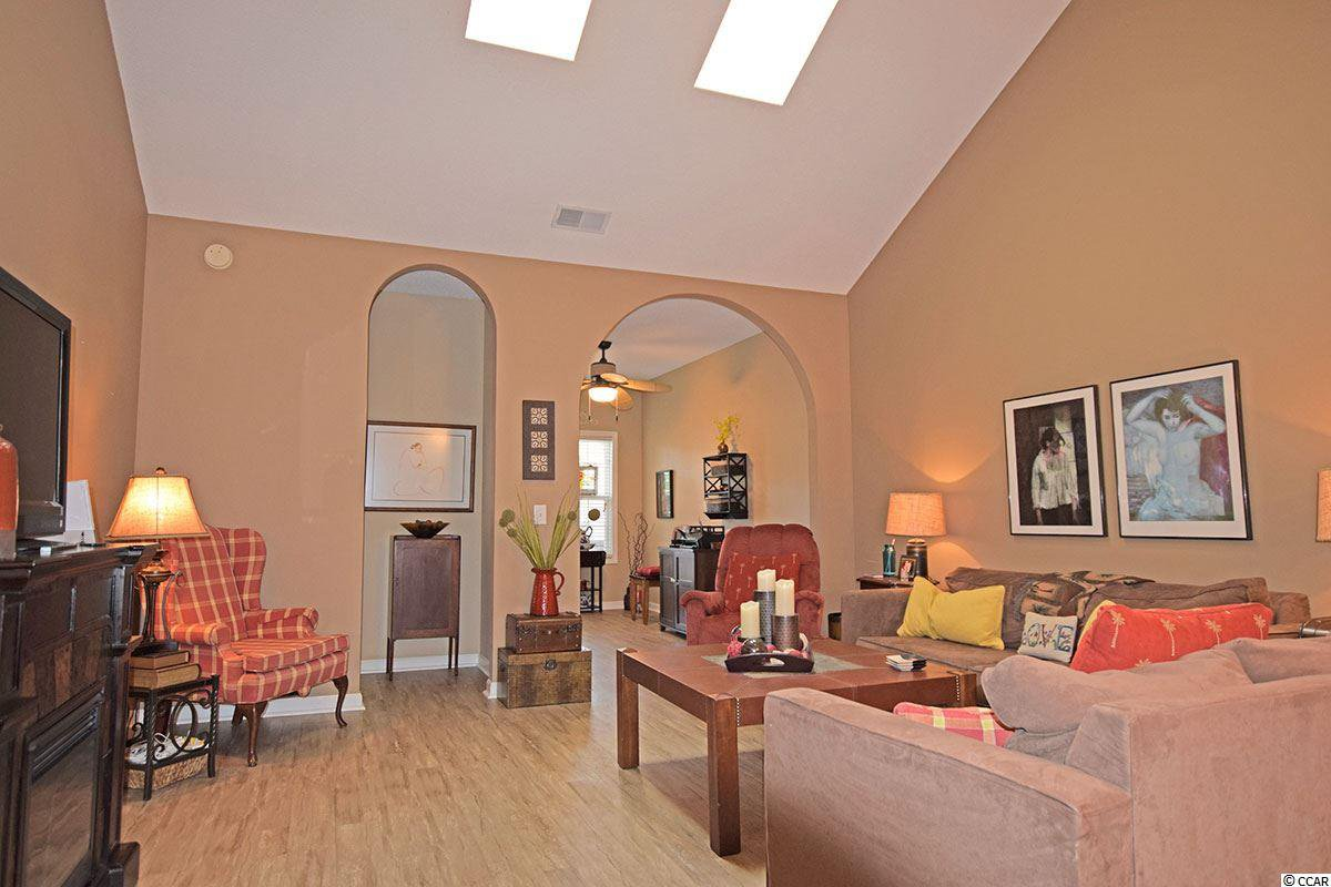 north myrtle beach big and beautiful singles Residential property for sale in north myrtle beach,sc with vaulted ceilings- and beautiful tray ceilings very spacious with an awesome big.