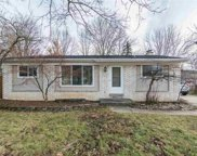 50108 Short, Chesterfield image