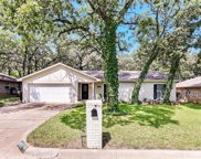 6813 Shadydale Drive, North Richland Hills image
