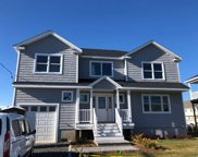 2548 Ocean Ave, Seaford image