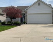 7347 Captain Harbour, Maumee image