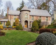 131 Chapel  Road, Manhasset image