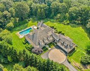 89 Whippoorwill E Road, Armonk image