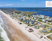 7205 10th Avenue, North Topsail Beach image