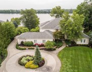 339 Breakwater Dr, Fishers image