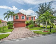 2822 Inlet Cove Ln W, Naples image