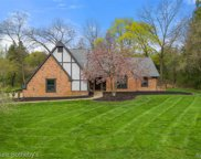 4410 CHARING, Bloomfield Twp image