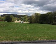 5th, Lower Mt Bethel Township image