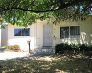 359 Peach Tree Ct, Brentwood image