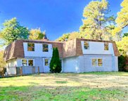 46 Crooked Pine Dr, Medford image
