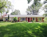 762 Oak Valley, Des Peres image