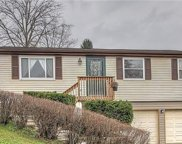 349 Meade Dr, Moon/Crescent Twp image