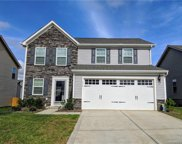 1535  Scarbrough Circle, Concord image