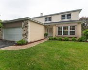 220 Carter Court, Northbrook image