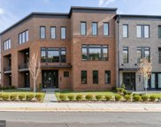 23182 Hampton Oak   Terrace, Ashburn image