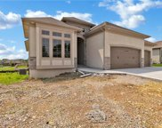 504 Ne Legacy View Drive, Lee's Summit image