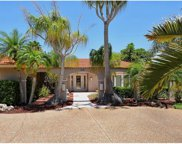 465 E Royal Flamingo Drive, Sarasota image