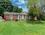 211 Westwind Dr, Springfield image