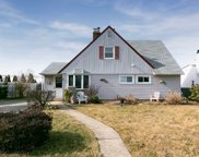 44 Kingfisher Rd, Levittown image