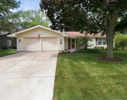 2S158 Mayfield Lane, Glen Ellyn image
