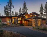 8450 Newhall Drive, Truckee image