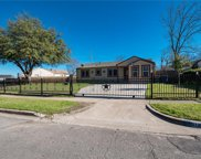 512 Dogwood Trail, Dallas image