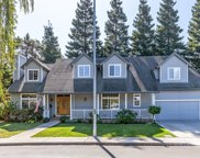 829 Moraga Dr, Mountain View image