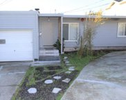 290 Clifton Rd, Pacifica image