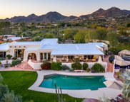 4425 E Maderos Del Cuenta Drive, Paradise Valley image