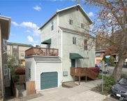 823 Nob Hill Ave N, Seattle image