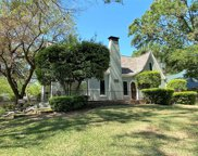 405 Griffith Avenue, Terrell image