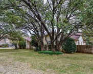 2809 Great Oaks Dr, Round Rock image