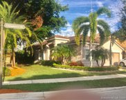 1300 Chinaberry Dr, Weston image