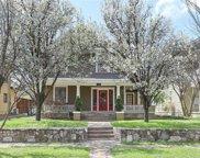 305 S Edgefield Avenue, Dallas image