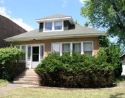 1724 Dewes Street, Glenview image