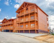 1430 / 1434 Eagle Cloud Way, Sevierville image