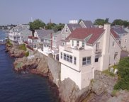 19 Goodwins Ct, Marblehead image