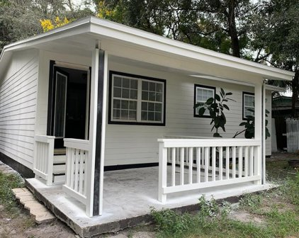 14904 Pinecrest Road, Tampa