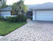 5851 Sw 88th Ter, Cooper City image