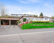 17324 Woodcrest Dr NE, Bothell image