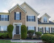 6042 Kings Crest  Drive, Chesterfield image