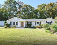 5 Coolidge  Place, Smithtown image