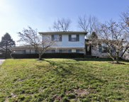 4402 Pebblewood Ct, Louisville image