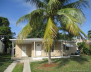 211 Nw 53rd St, Oakland Park image