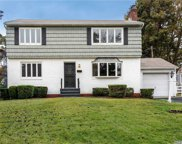 317 Service  Road, Roslyn Heights image