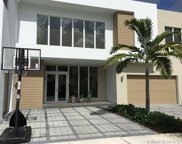 7436 Nw 103 Ct, Doral image