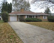6919 North Keystone Avenue, Lincolnwood image
