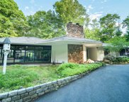 76 Cove Neck  Road, Cove Neck image